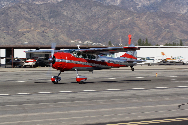 Cessna 195 Busnessliner, Single-engine high-wing five-seat