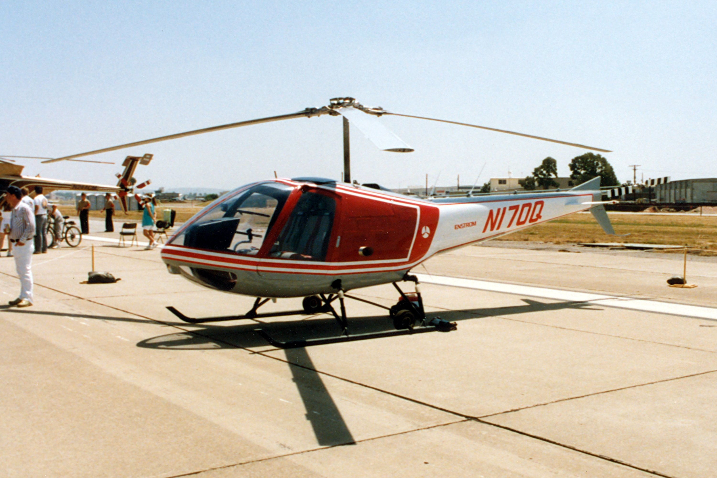 Enstrom Model 280C Shark specifications and photos