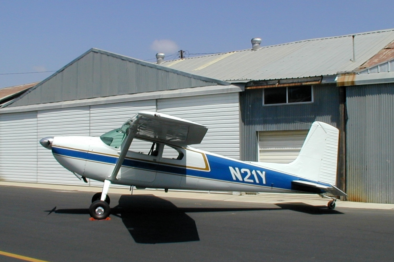 Cessna 180 Skywagon, Single-engine four-seat conventional