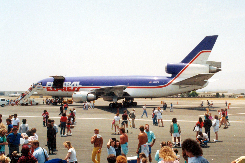El Toro Marine Base >> Douglas DC-10-30F, Three-engine Three-crew Low-wing Wide ...