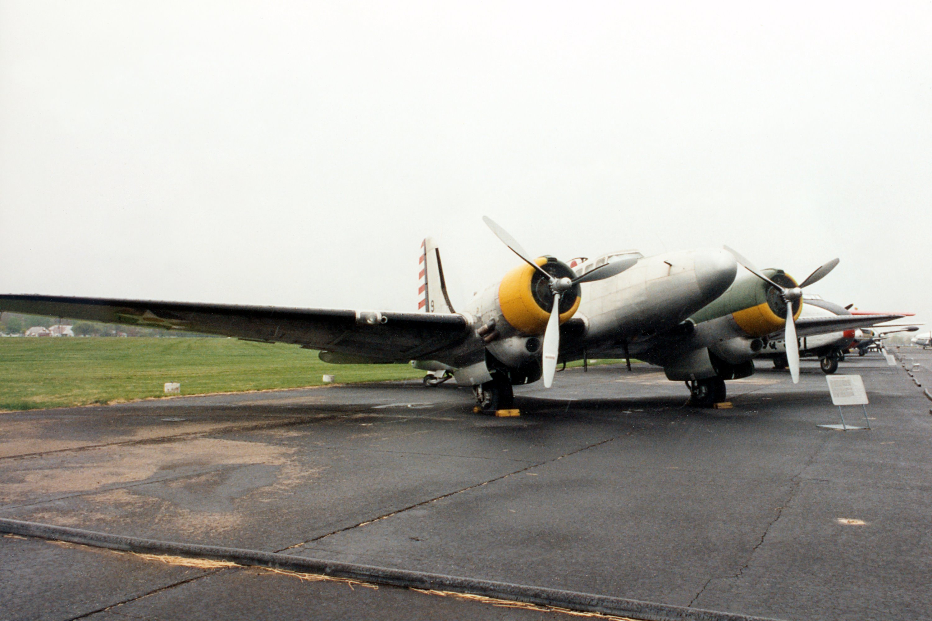 Douglas B 23 Dragon Specifications And Photos