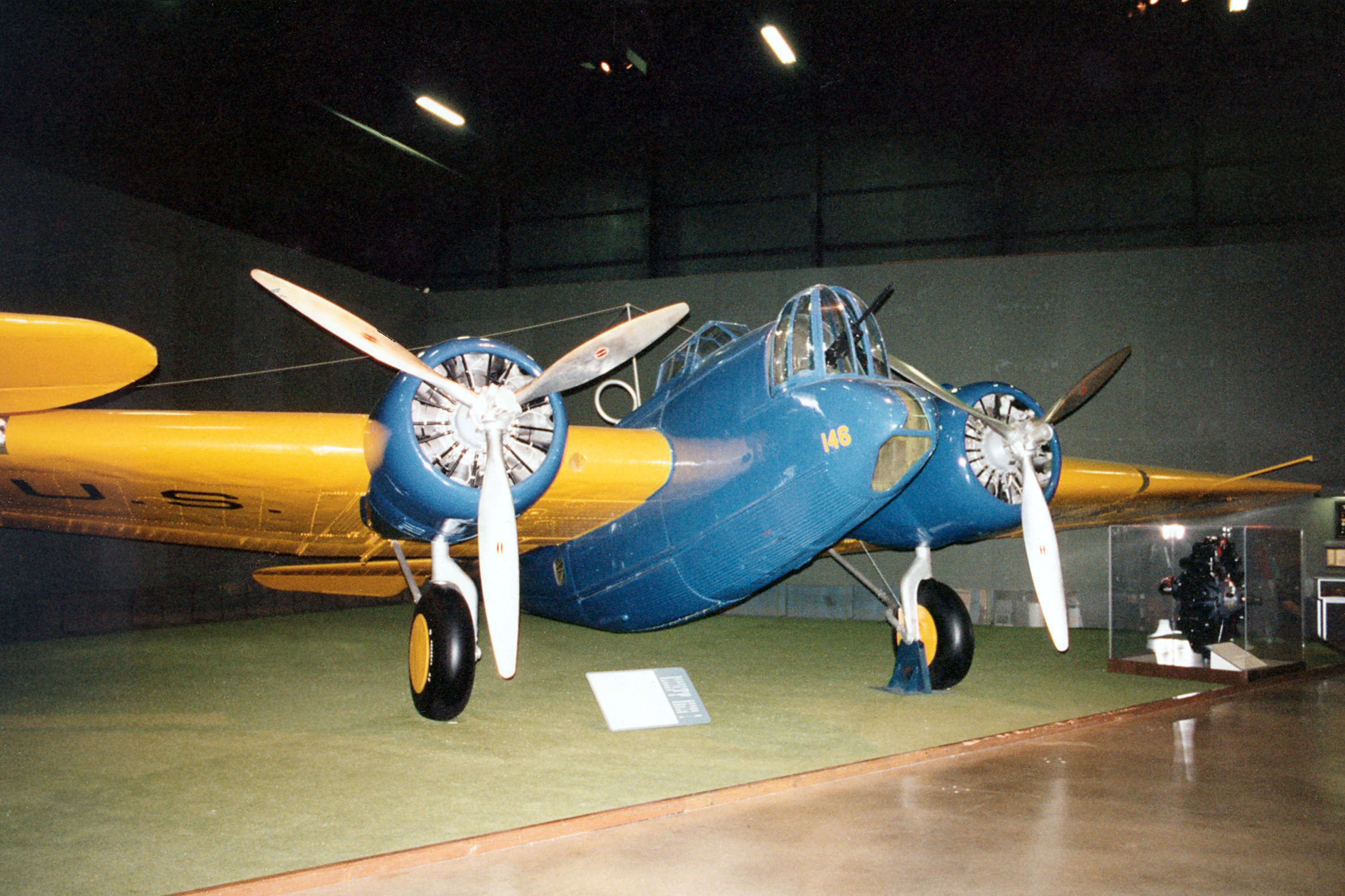 Martin B 10b Specifications And Photos