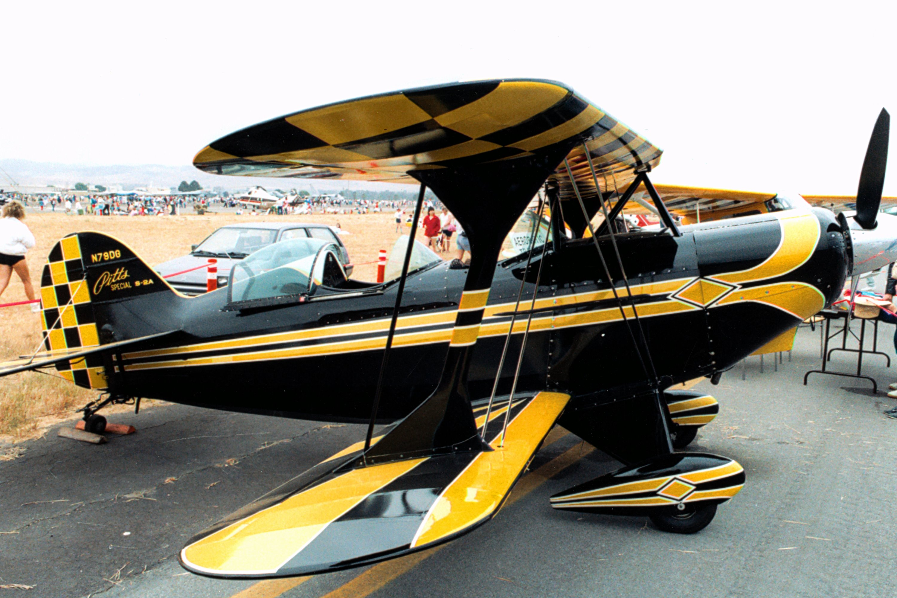 Aerotek Pitts S-2A Special, two-seat aerobatic biplane