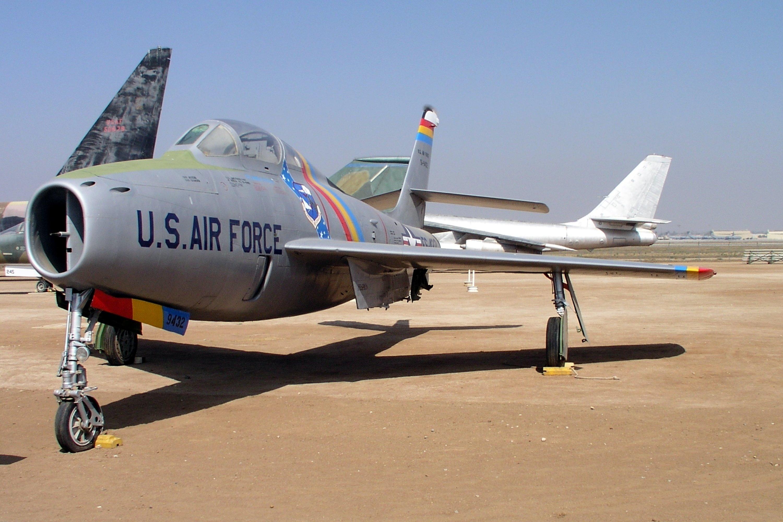 General Motors F 84f 30 Gk Thunderstreak Jet Fighter Bomber