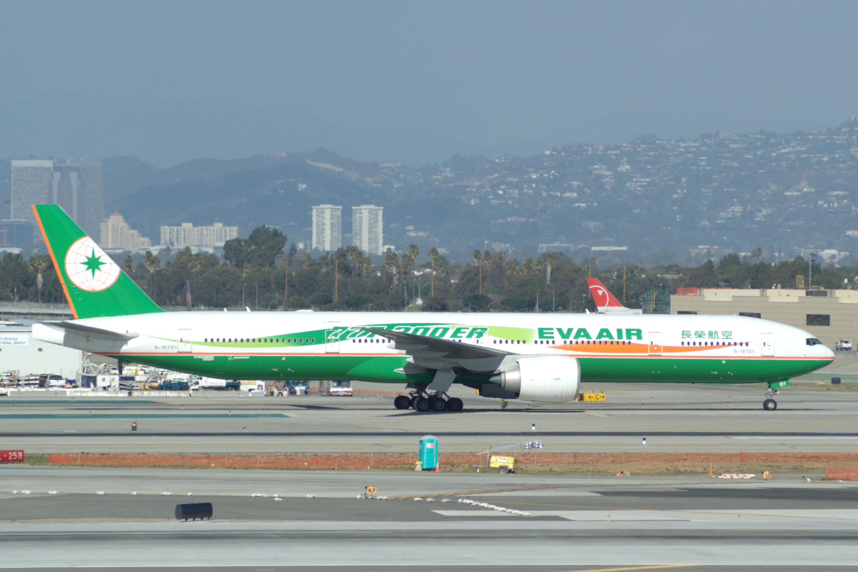 Boeing 777-35E/ER, B-16701, c.n 32639/524, EVA Air, photo © 2007 Skytamer  Images by John Shupek