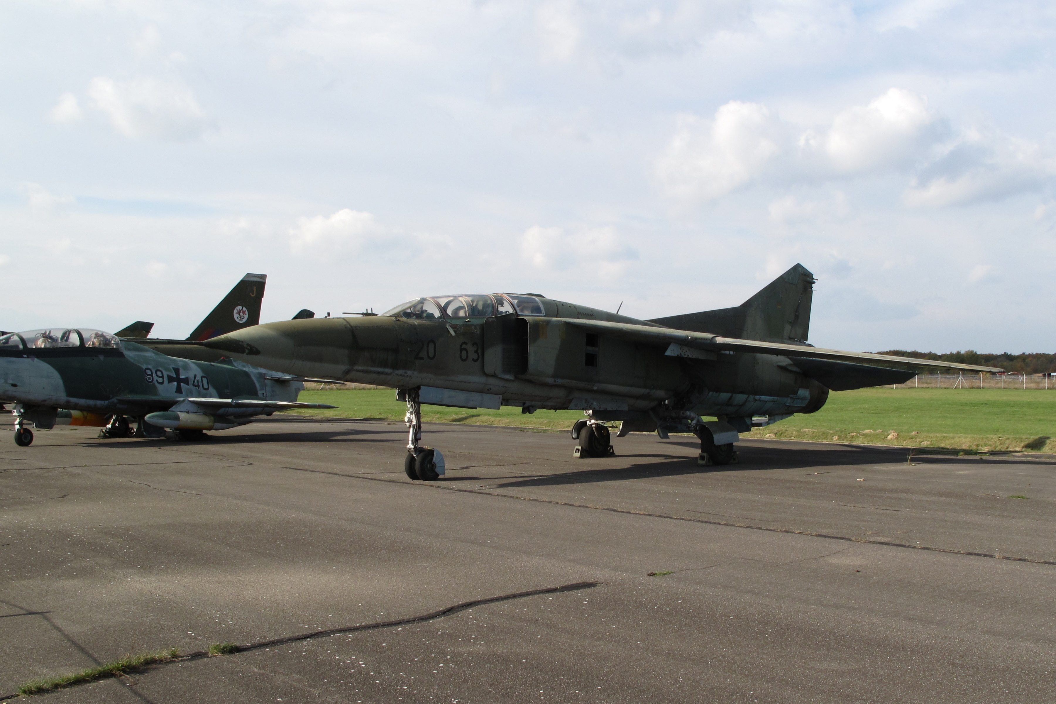 The collapse of the MiG-23 in Belgium in 1989 (4 phototext) 24Warez.Ru 19
