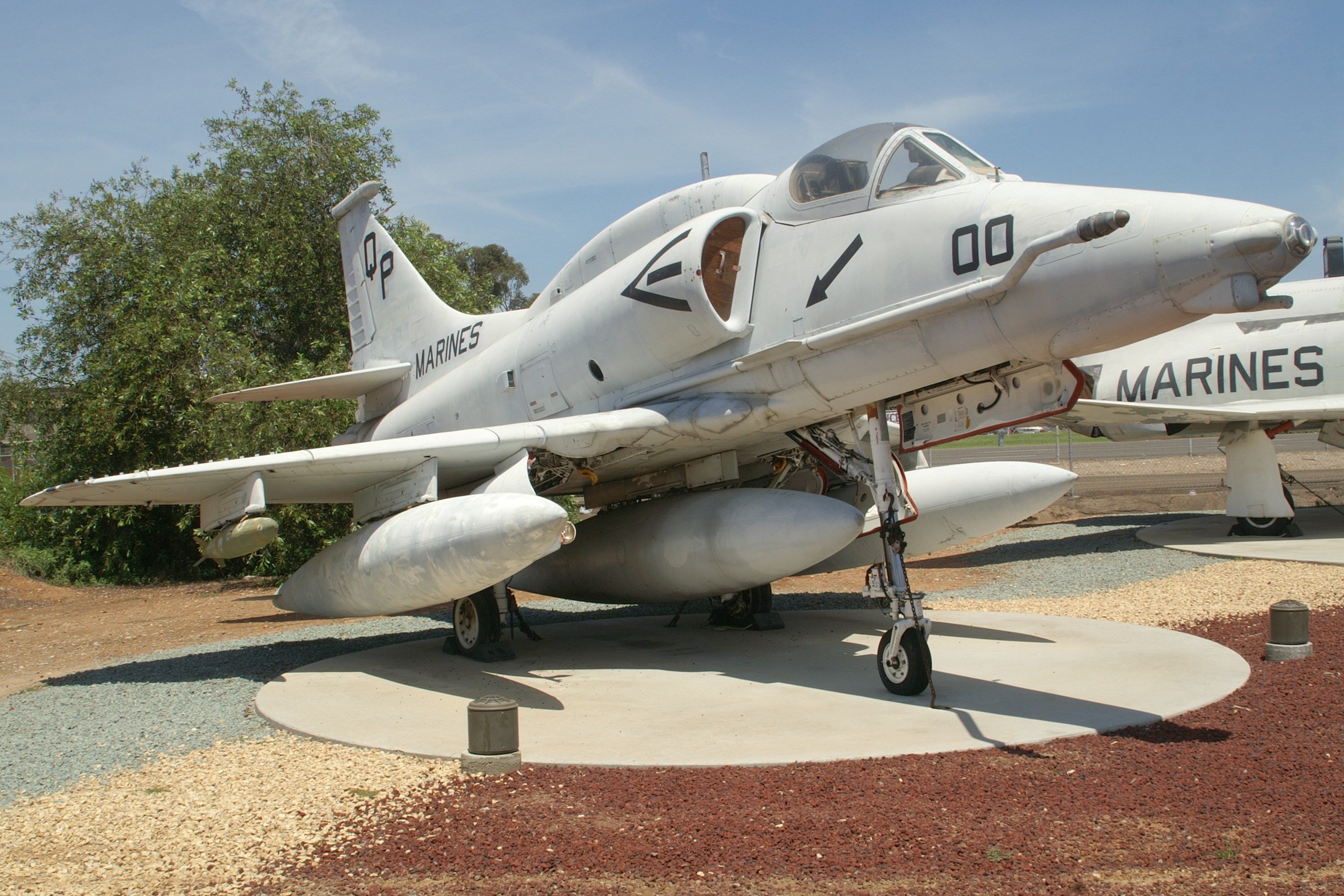 Douglas A 4m Skyhawk Specifications And Photos