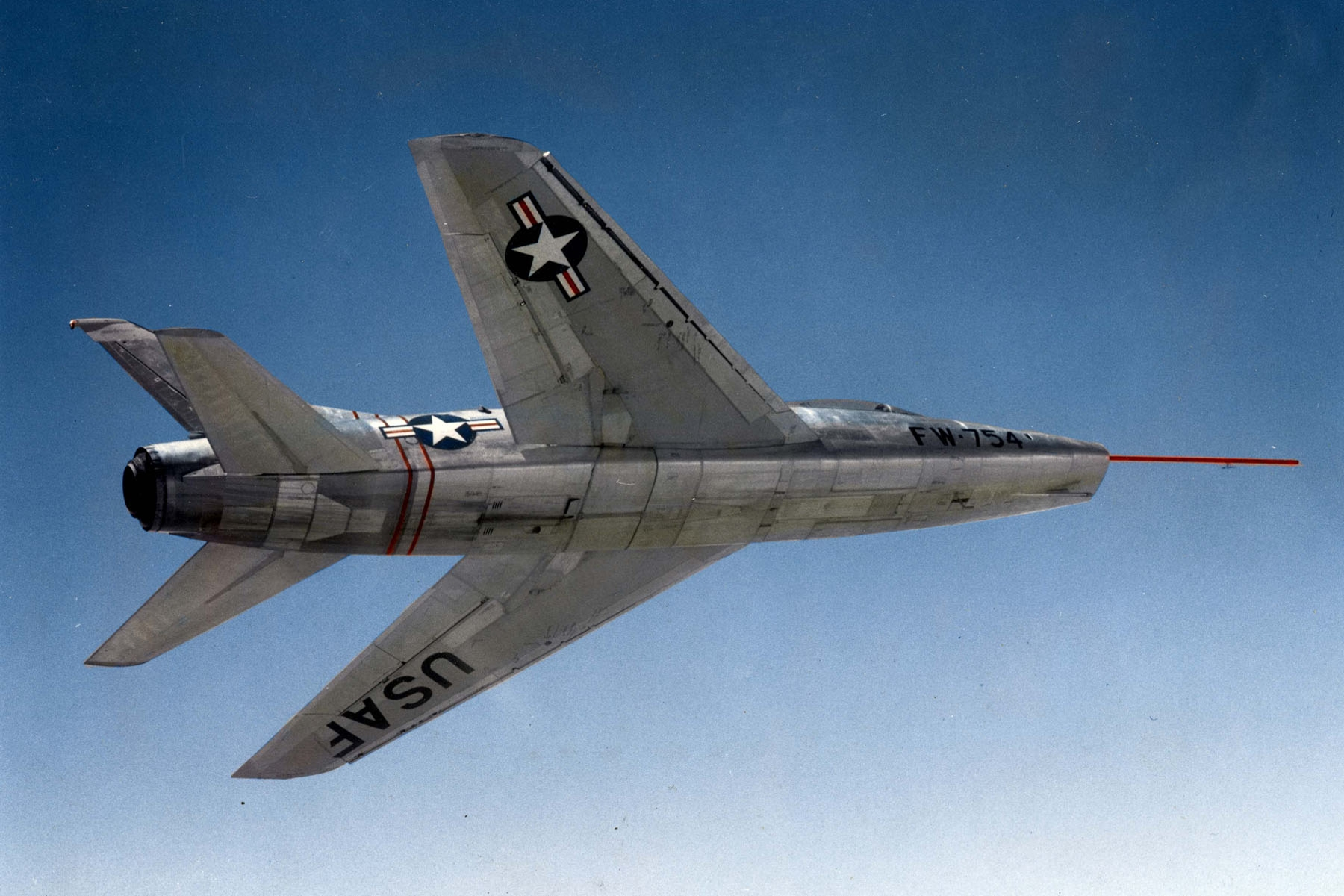 North American YF-100A Super Sabre specifications and photos