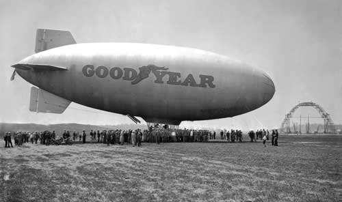 Goodyear Blimp Mayflower