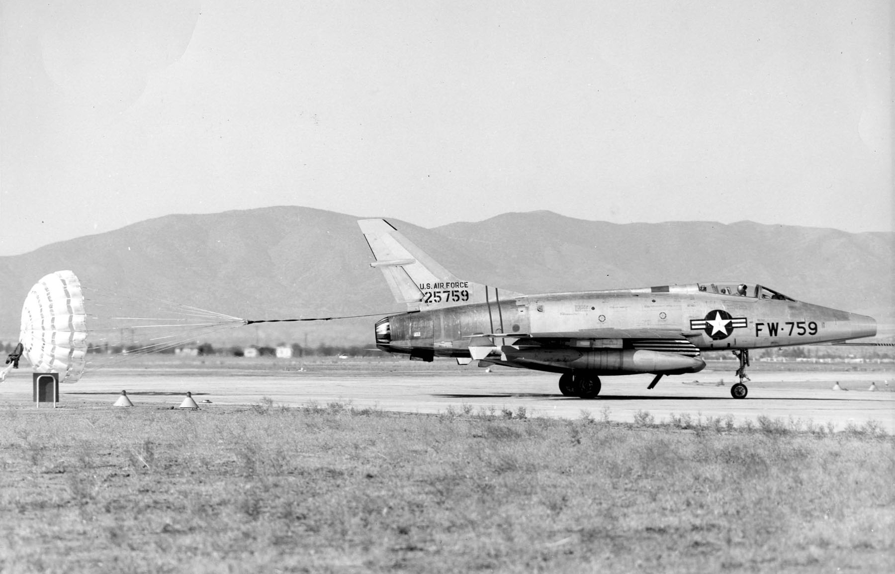 North American F 100a Super Sabre Specifications And Photos